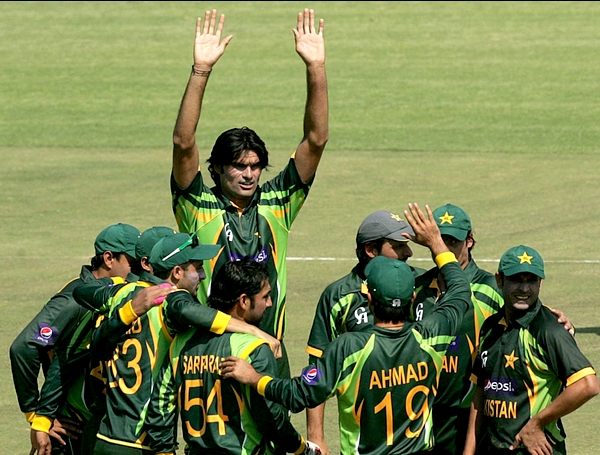 Watch Pakistan vs Zimbabwe 2013 2nd ODI Highlights
