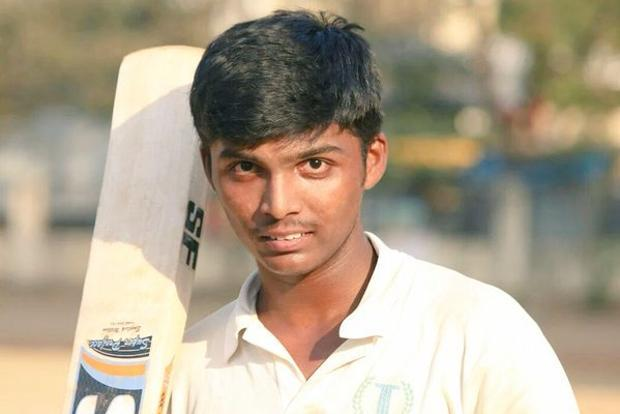 Pranav Dhanawade posing before the match